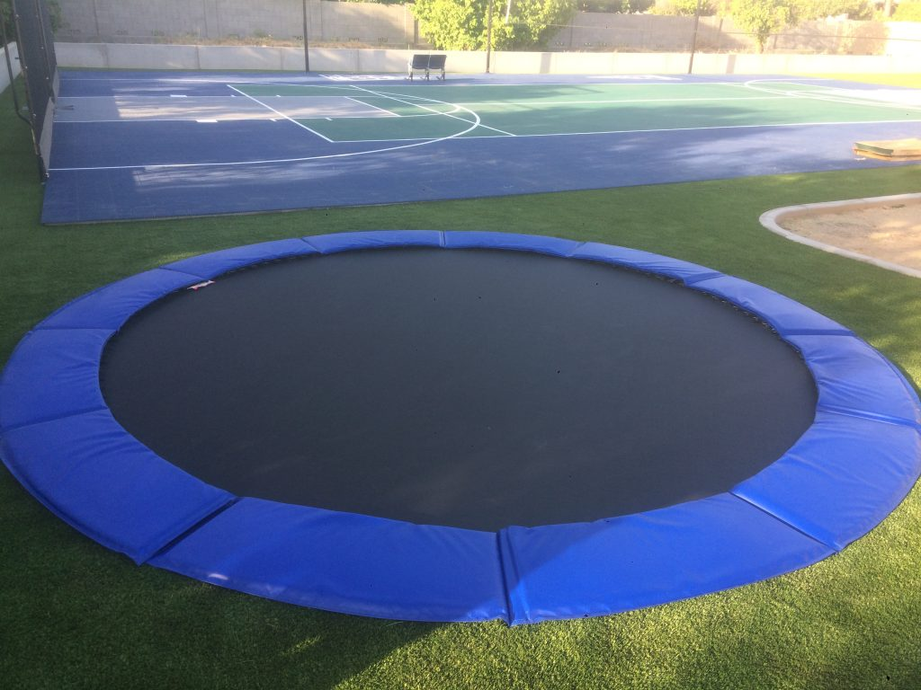 How To Choose A Trampoline Enclosure